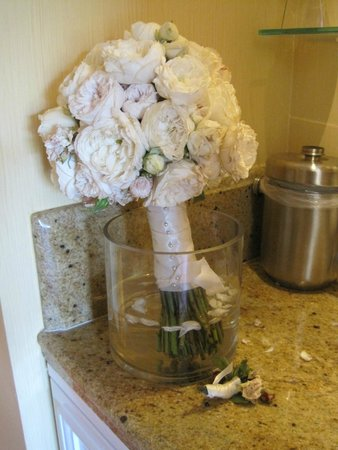 Four Seasons Hotel Westlake Village: My bridal bouquet resting in our room.  (We asked for some kind of vase & our bellhop brought on