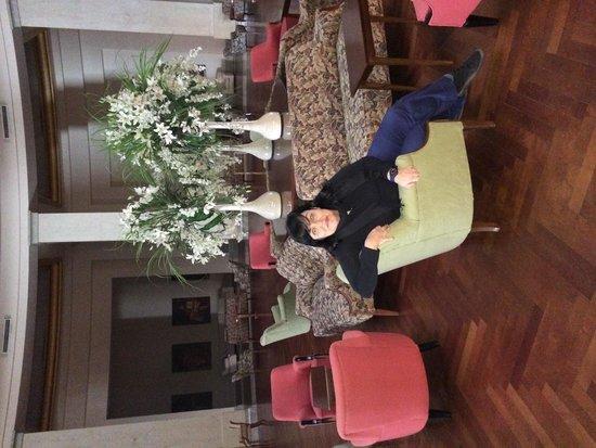 NH Gran Hotel Provincial: Salon