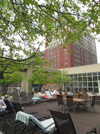 Hilton Chicago : Rooftop deck