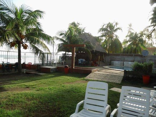 Punta Roca Surf Resort: Bar