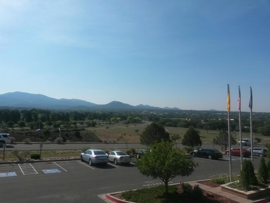 The Lodge at Santa Fe: The view from the front of the hotel