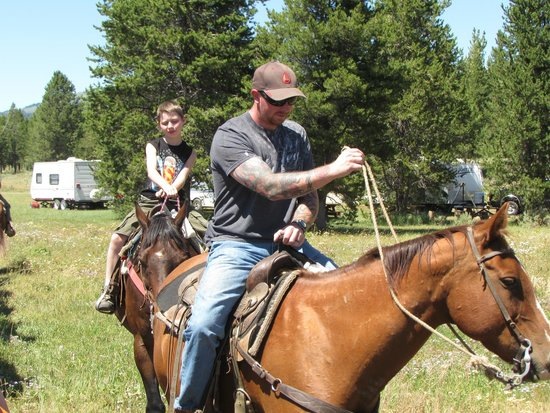 Yellowstone Horses - Eagle Ridge Ranch: first time riding a horse