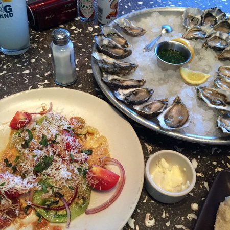 Hog Island Oyster Company: Oysters and heirloom tomato salad