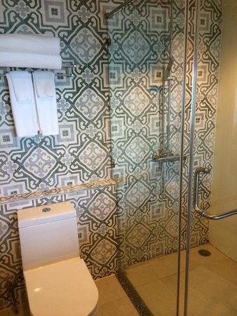 U Zenmaya Phuket: italian shower