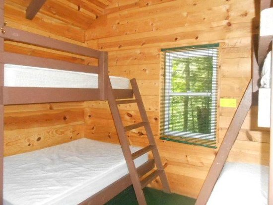 Gunflint Pines Resort & Campgrounds: Sleeping Cabin interior