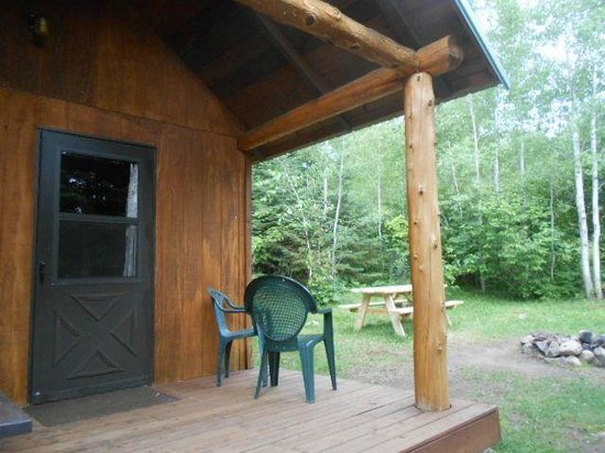 Gunflint Pines Resort & Campgrounds: Sleeping Cabin exterior