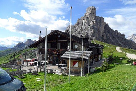 Hotel Ristorante Passo Giau