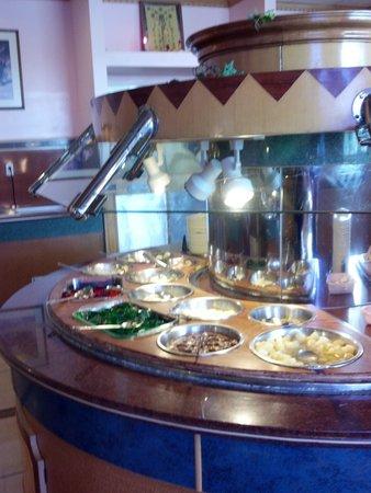 appetizer bar picture of eastland buffet columbus tripadvisor rh tripadvisor com pizza buffet columbus ohio asian buffet columbus ohio