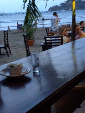 El Timon : Dining Solo facing the action on the Beach