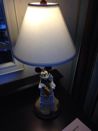 Disney's Beach Club Resort: Disney lamp!!