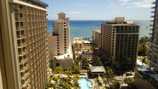 Embassy Suites by Hilton Waikiki Beach Walk: 1908室からの景色