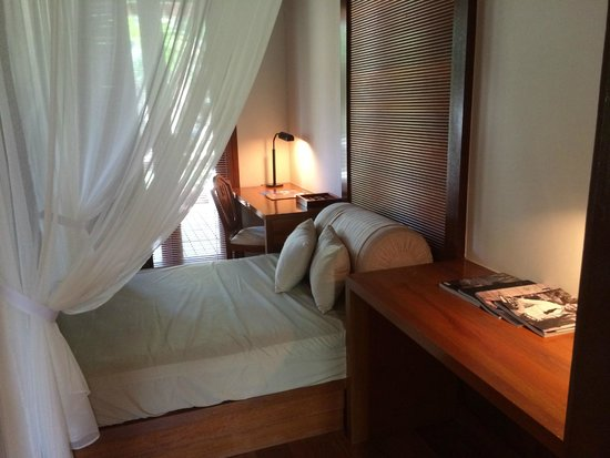 Tanjong Jara Resort: second bed for kid or for reading