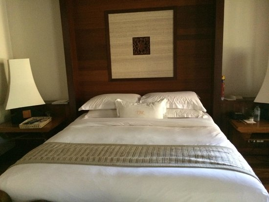 Tanjong Jara Resort: the bed