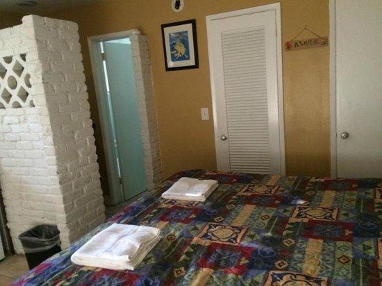 The Bridge at Cordova Boutique Hotel: Vista parcial do quarto