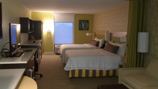 Home2 Suites Rahway Quarto Moderno