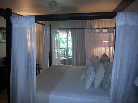 Catalonia Playa Maroma: honeymoon room