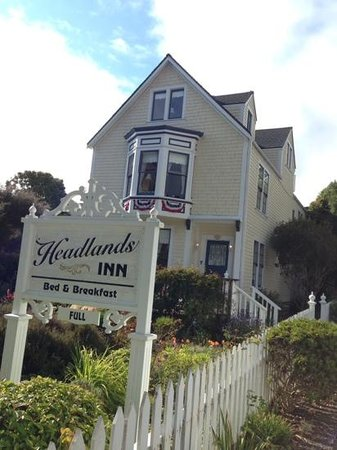 Headlands Inn Bed & Breakfast: our fabulous inn