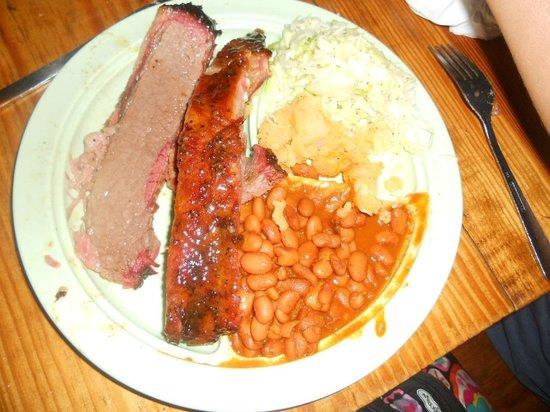Salt Lick BBQ: Brisket and ribs
