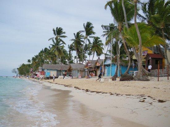 Vista Sol Punta Cana : Petites boutiques dominicaines près de l'hôtel