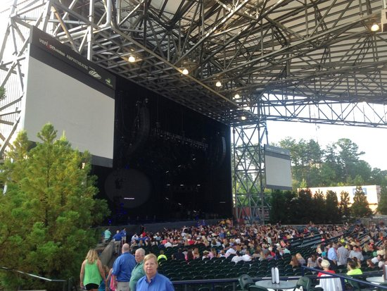 Verizon Wireless Amphitheatre at Encore Park: Concert stage