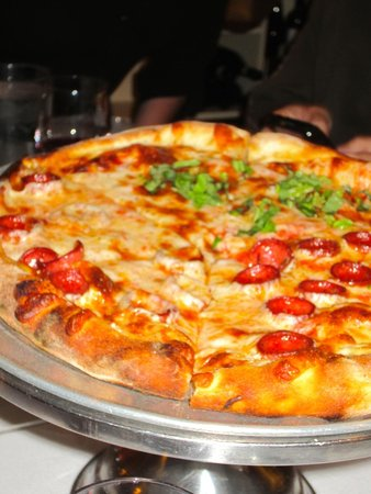 Avital Food Tours: Pizza from Tommaso's