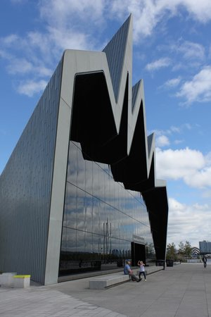 The Riverside Museum of Transport and Travel: Exterior