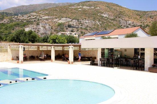 The Magnolia Resort: Pool bar