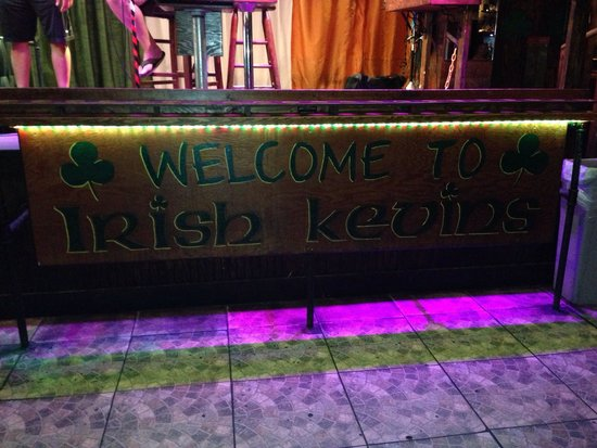 Irish Kevin's Bar: Sign under the stage!