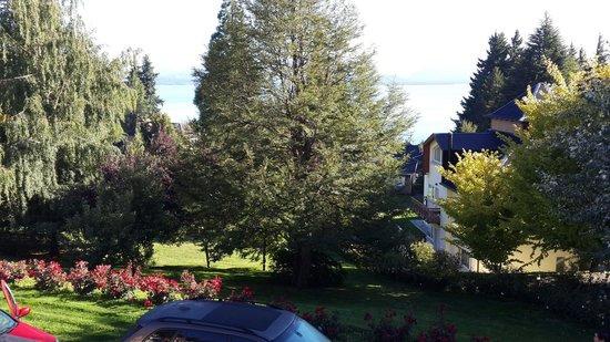 Hotel Villa Huinid Bustillo : Vista desde el complejo