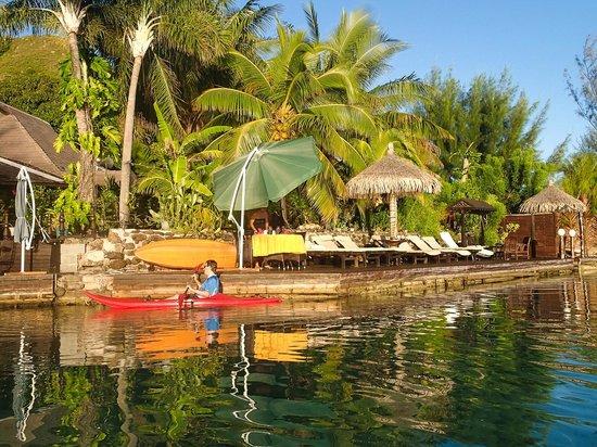 Fenua Mata'i'oa from the lagoon