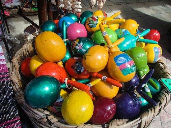Quinta Avenida: Cheap souvenirs