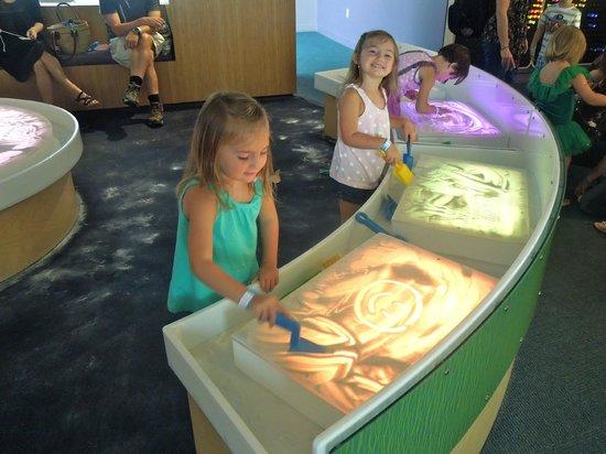 Children's Museum of Pittsburgh: sand art