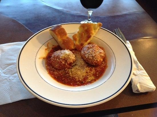 Pino's Pizza AL Centro: ...and this is THAT meatball!