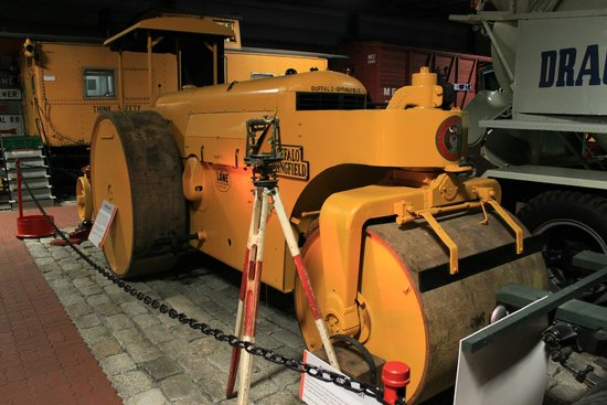 Cole Land Transportation Museum: Road Roller
