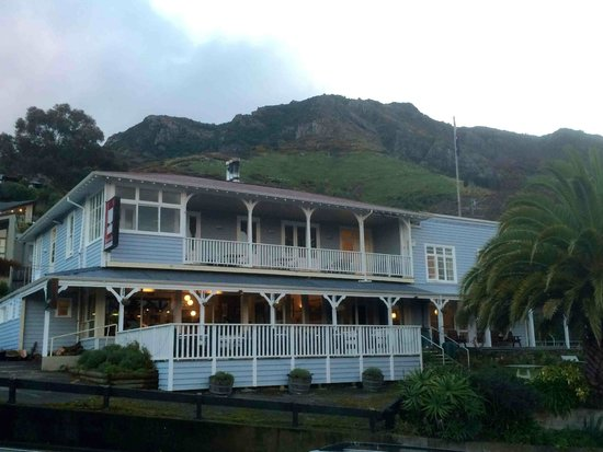 Governors Bay Hotel