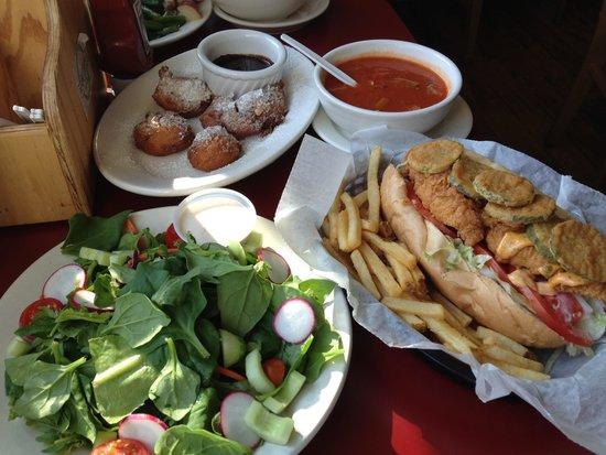 Windy Corner Market: feast