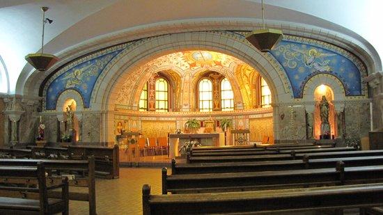 Sanctuaire Sainte-Anne-de-Beaupré : Aux sous sol.