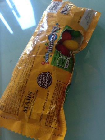 The Trawangan Resort : M&Ms bag from my tote bag...
