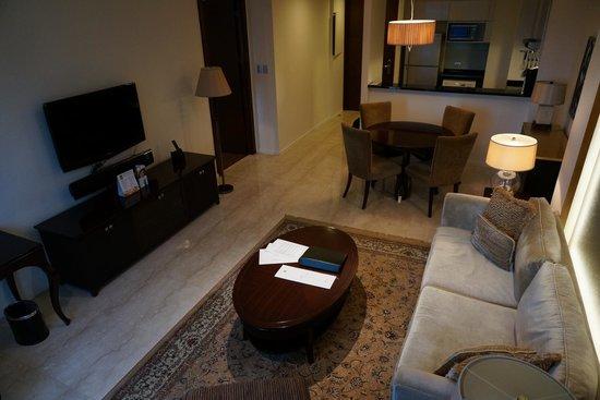 Oakwood Premier Joy - Nostalg Center Manila: Living Room