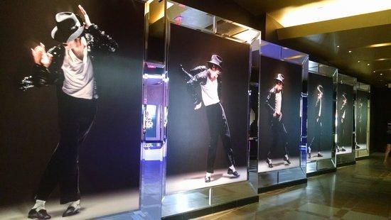 Mandalay Bay Resort & Casino: Michael Jackson theatre