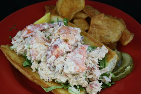 Crabcake Factory Bayside : Lobster Roll