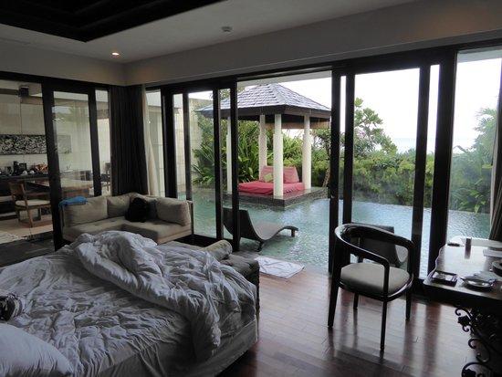 The Seminyak Beach Resort & Spa: Uitzicht vanuit de prachtige villa