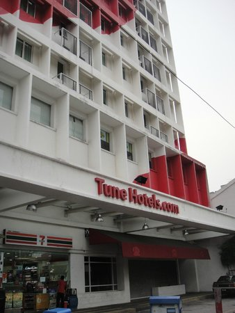 Tune Hotel Georgetown Penang: the Frontage of the hotel