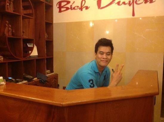 Bich Duyen Hotel: Chanh the man