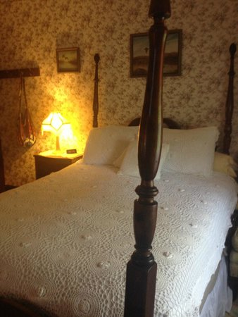 Cottle's Seafield Cottage: Room 1
