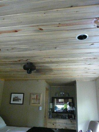 The Nordic Inn: Beetle Kill ceilings