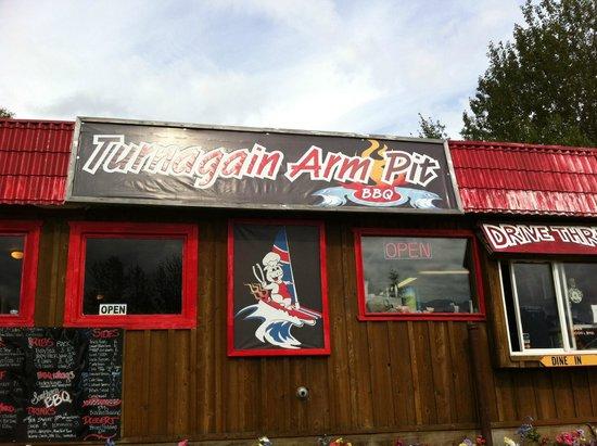 Turnagain Arm Pit BBQ Indian: Drive thru or sit down!