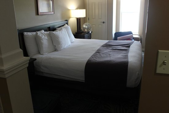 The Suites at Hershey: master bed