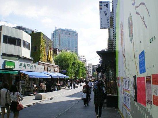 Insa-dong: メインストリート