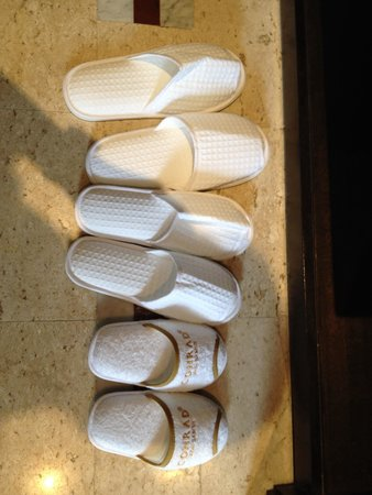 Conrad Koh Samui Resort & Spa: Check out those cute kids slippers!